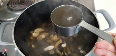 finished shiitake dashi 椎茸のだし
