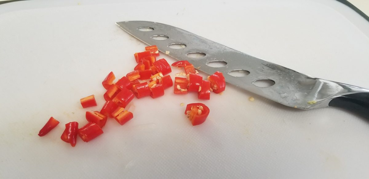 cut the cayenne pepper into small pieces
