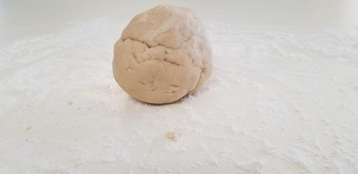 ball of vegan pie dough