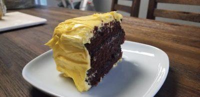 finished vegan chocolate cake