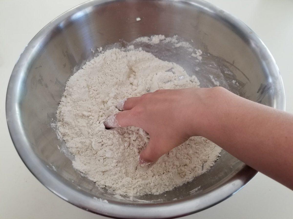 mix corn flour with salt