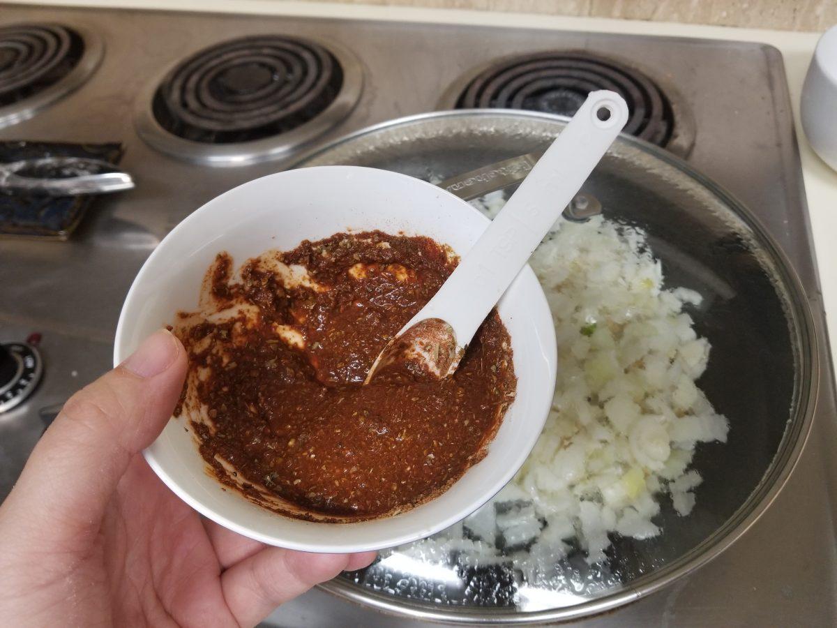mix spices for vegan empanada filling