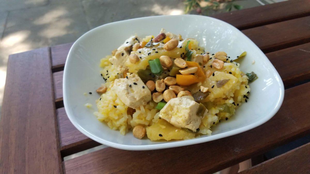 finished vegan orange rice