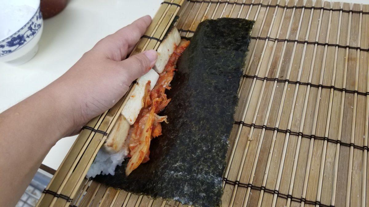 rolling vegan kimbap 김밥
